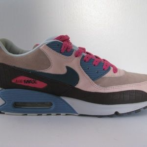 wholesale dealer b66cc 72cf3 Nike Shoes - Air Max 90 Premium Clerks Pack